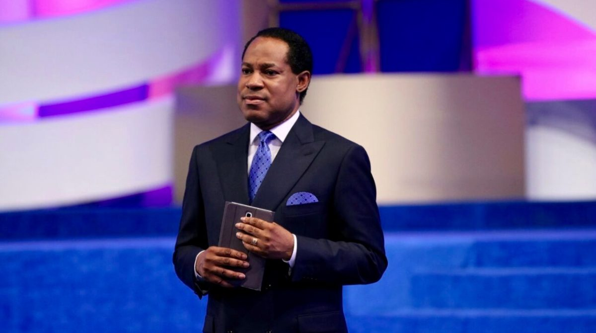 Ministration of gospel by Pastor Chris Oyakhilome