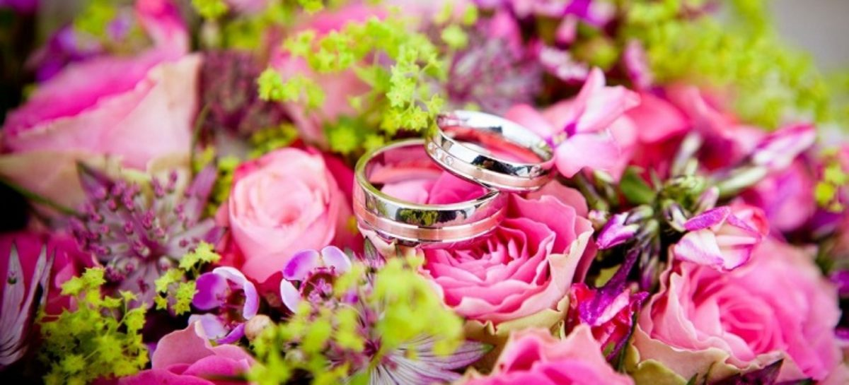 How To Make Your Wedding Anniversary Special This Year