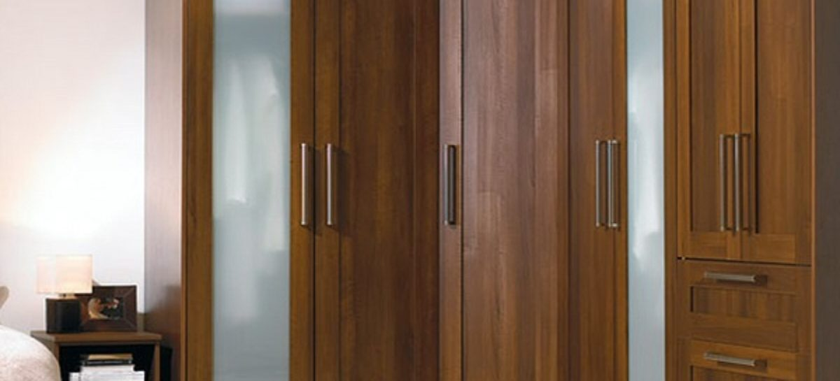 Finding the Best Choices of Teak Wardrobe